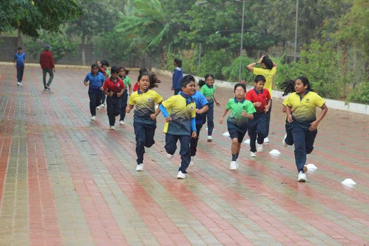 Sharanya Narayani International School-Race