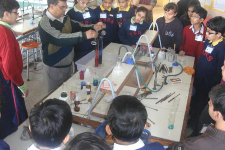 The Shri Ram School-Chemistry Lab