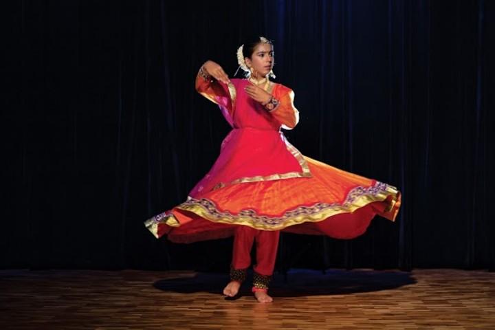 Vidsan Charterhouse dance