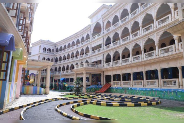 """""""MIT Punes Vishwashanti Gurukul- Campus View"""""""