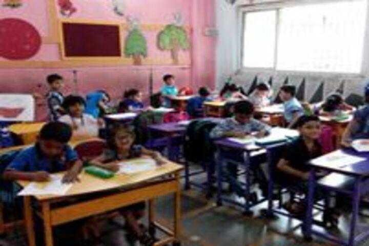 Matushri Kashiben Vrajlal Valia International Vidyalaya-Classroom