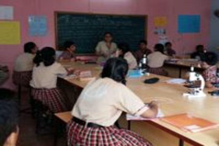 Matushri Kashiben Vrajlal Valia International Vidyalaya-Lab