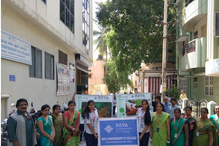 Reva Independent PU College-Environment Day Rally