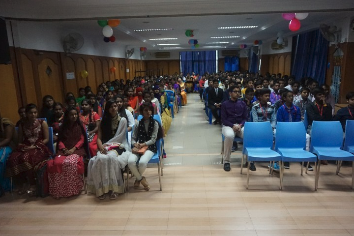 Reva Independent PU College-Fresher Day