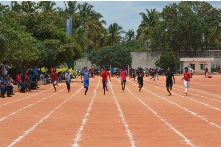 Reva Independent PU College-Sports Day Competitions