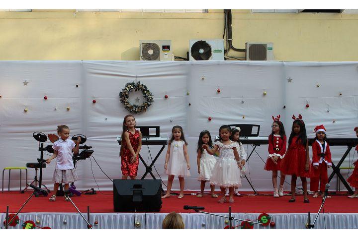 DSB International School-Dance