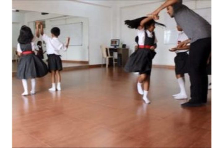 Silver Oaks International School-Dance