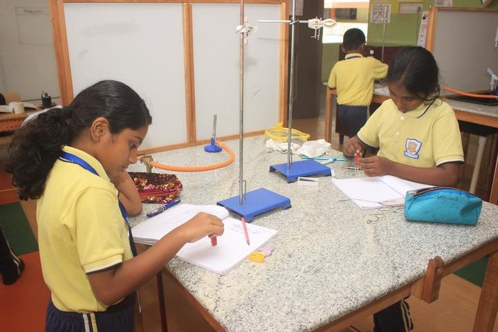 Alpha Cambridge International School-Labs