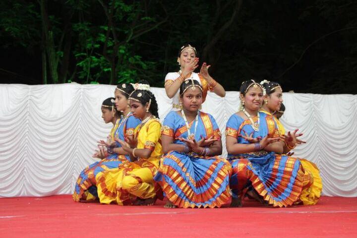 Aquinas International School-Students Dance Performance
