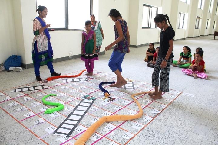 BAPS Swaminarayan Vidyamandir-Games