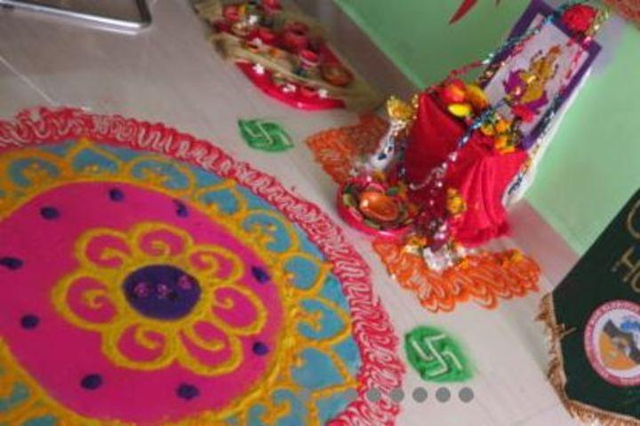 Saint MSG Glorious International School-Arts and Crafts