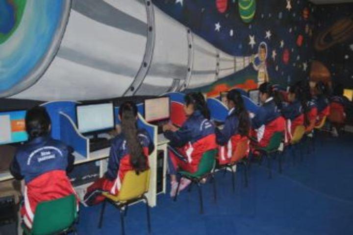 Saint MSG Glorious International School-Computer Lab