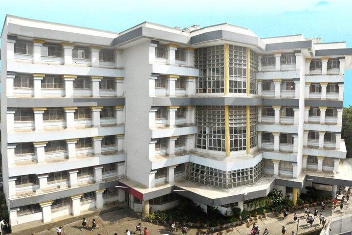 Dr S Radhakrishnan International School-Campus