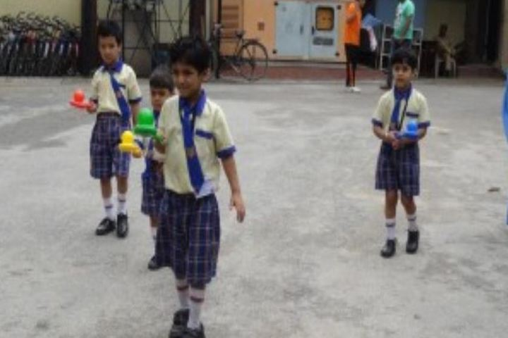 H K H Public School-Games