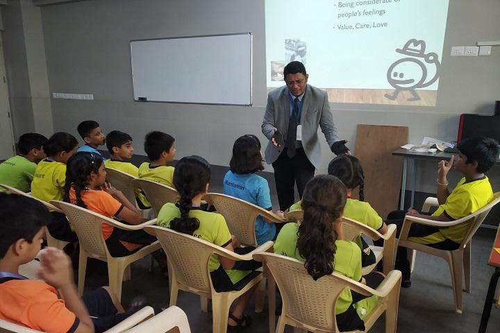 Rustomjee Cambridge International School-Smart Class Room