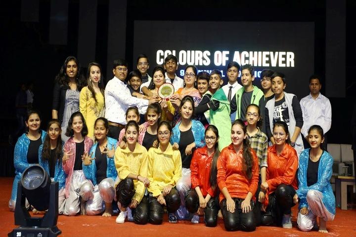 School of Achiever-Group Photo