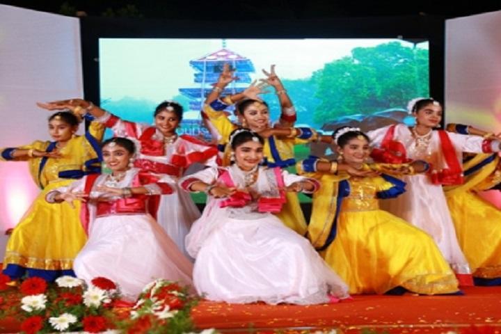 The White School International-Group Dance
