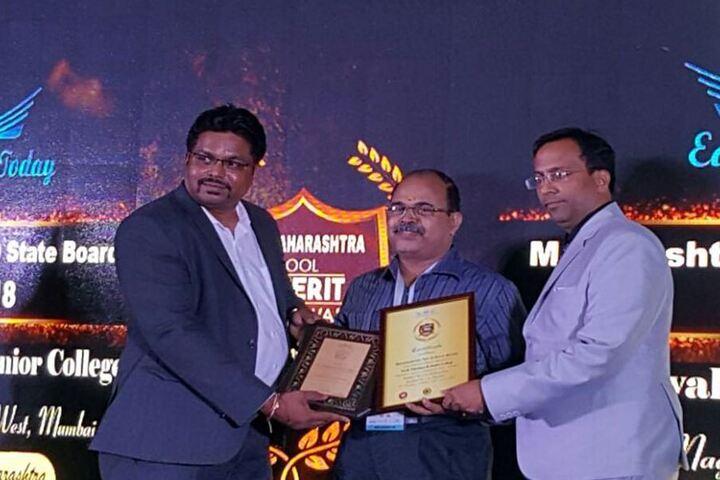 Vivek Vidyalaya and Junior College-Award Ceremony