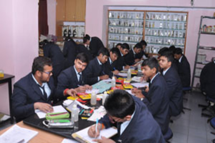 Infocity Junior Science College-Biology Lab