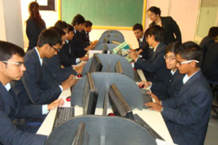Infocity Junior Science College-Computer Lab