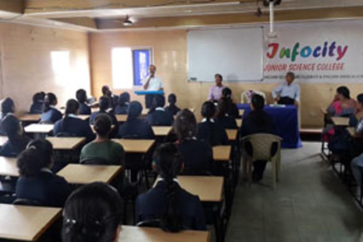 Infocity Junior Science College-Seminar