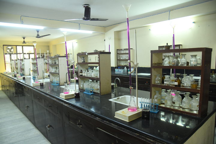 Dhruva Bal Niketan Senior Secondary School-Chemistry Lab