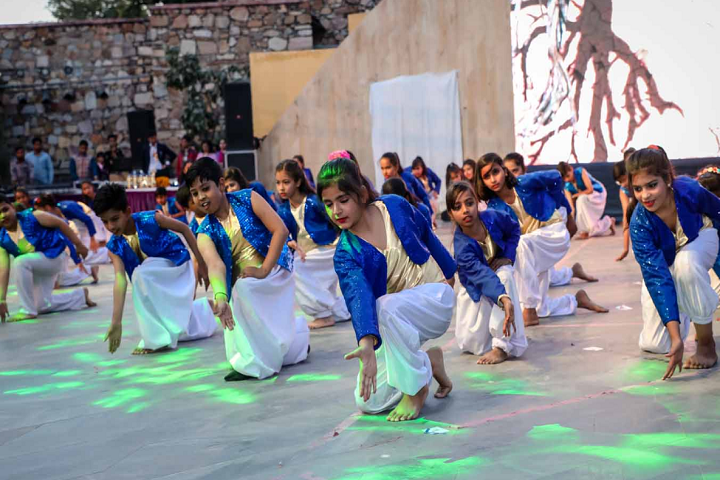 Dhruva Bal Niketan Senior Secondary School-Dance