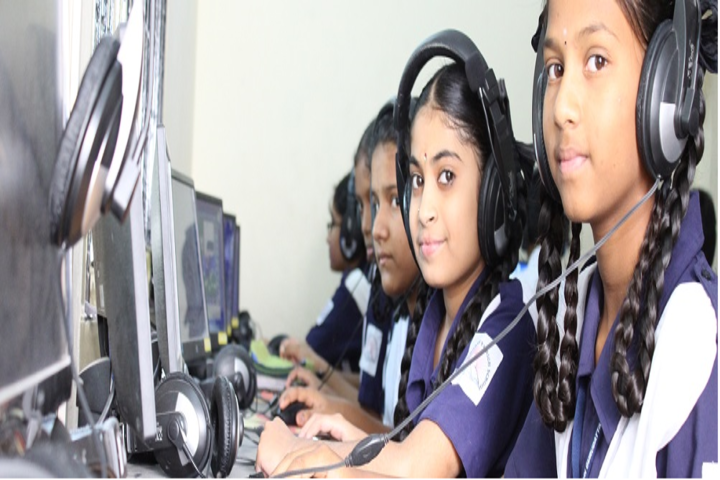 Sri Gurudatta High School-Laboratory