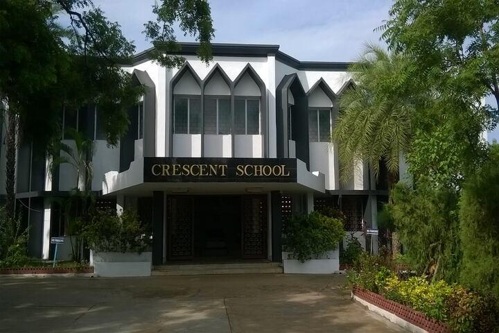 Crescent School-School Building