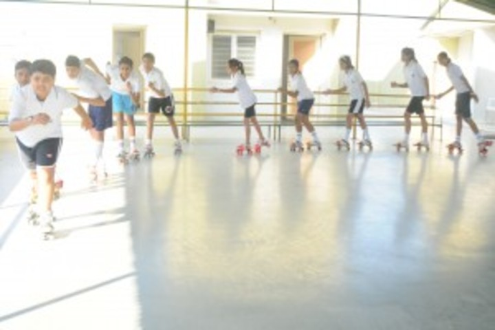 Sakar English School-Skating