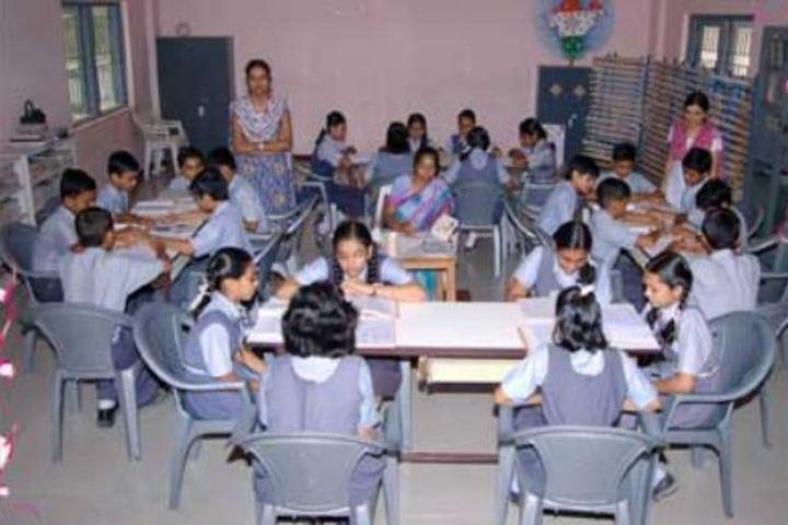 Bhavans Shri A K Doshi Vidyalaya High School-Library