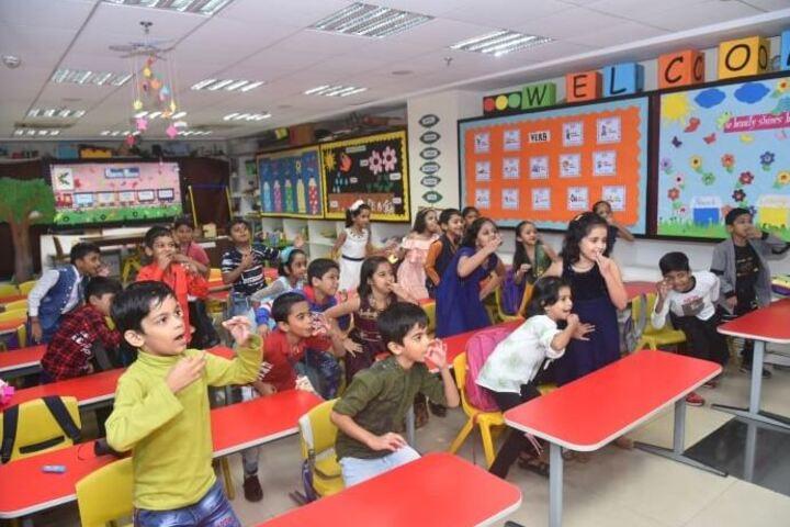 Kudila Govindram Seksaria English School-Classroom