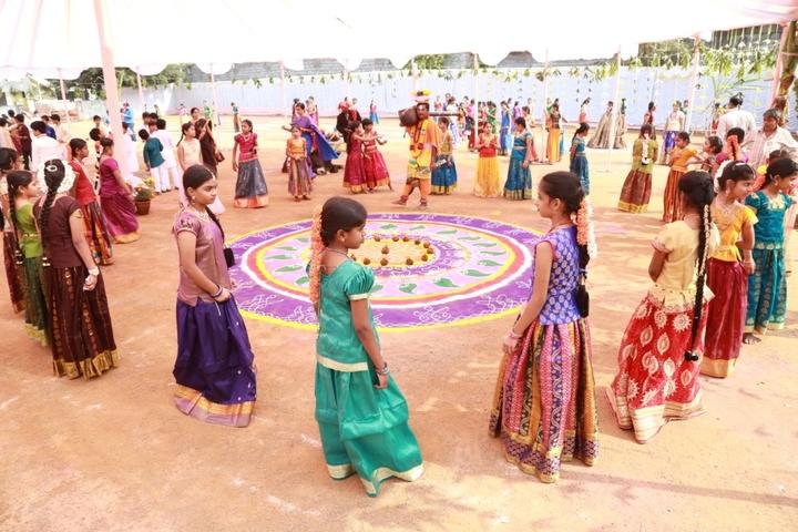Sri Gowthami Smart School-Bathkamma
