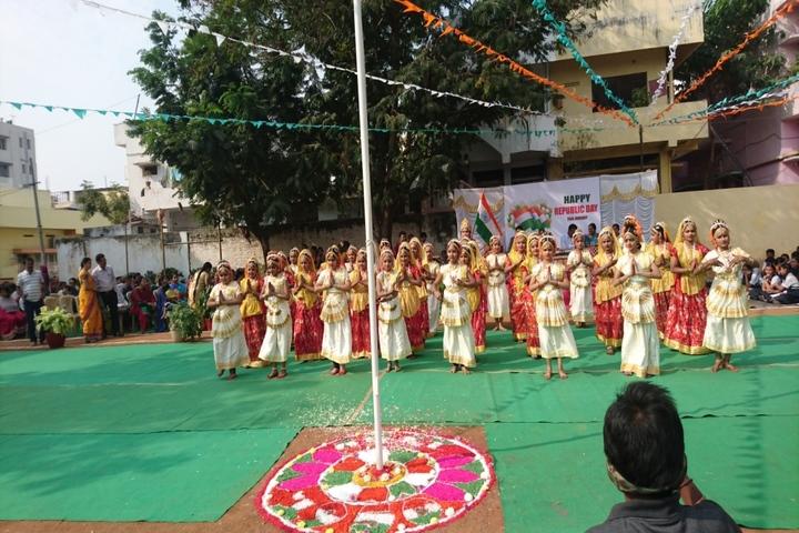 Sri Gowthami Smart School-Dance
