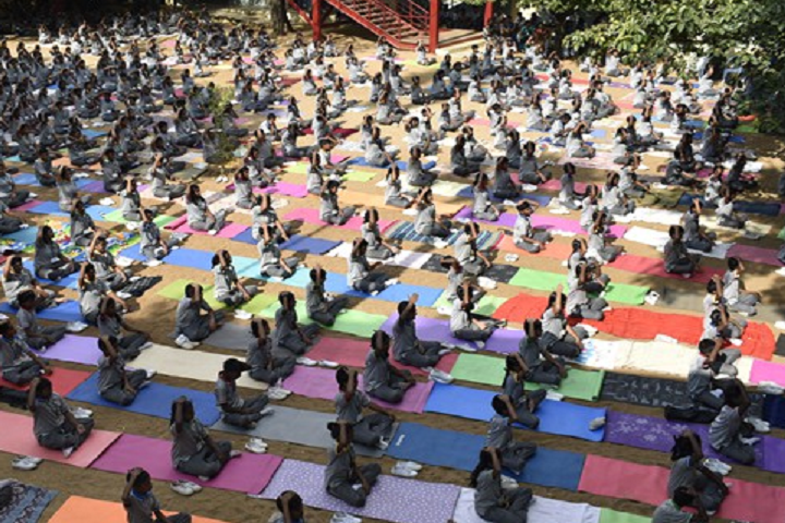 Vanavani Matriculation Higher Secondary School-Yoga Day