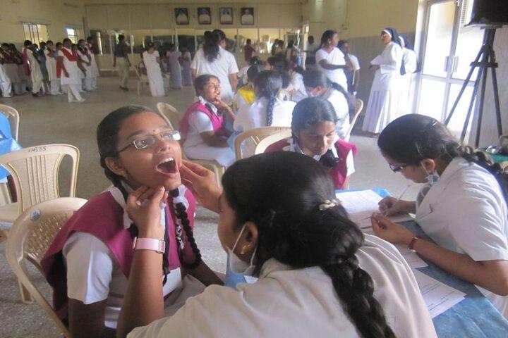 Alvernia Matriculation Higher Secondary School-Medical Checkup