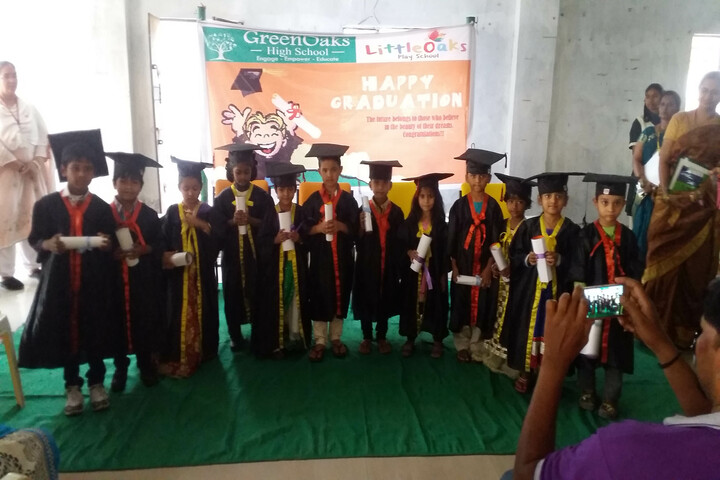 GreenOaks High School-Graduation Day