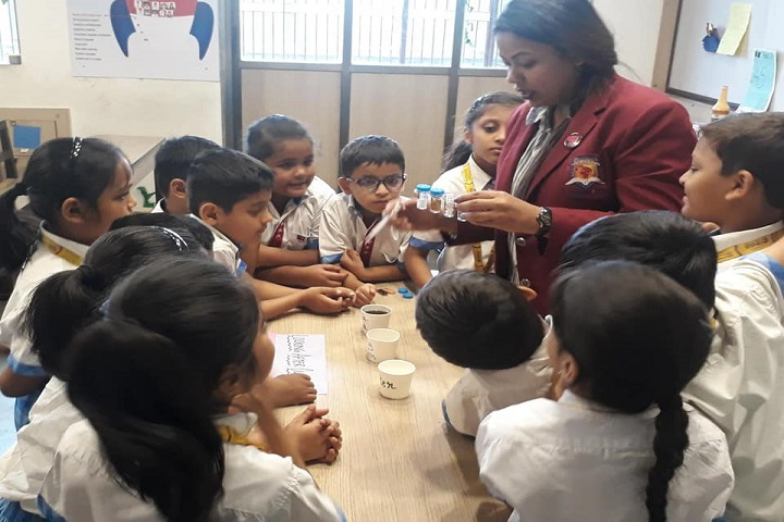 RN Shah International School-Lab