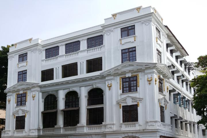 Lilavati Lalji Dayal High School-School Building