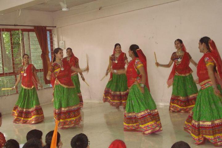 Abhinava Vidyalaya English Medium High School-Dance