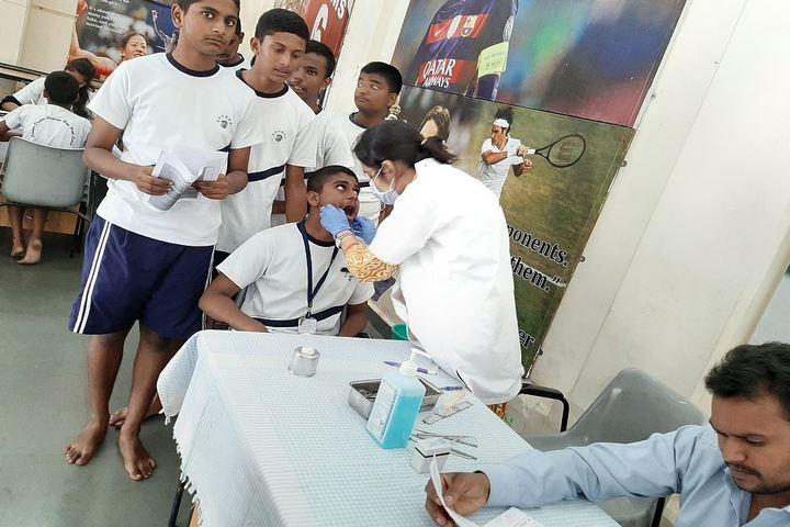 Sardar Dastur Hoshang Boys High School-Dental Checkup