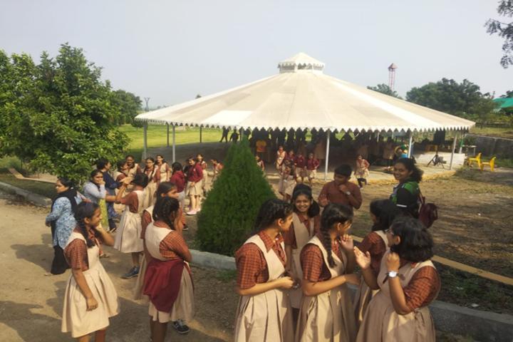 Dr Kalmadi Shamarao High School-School Trip