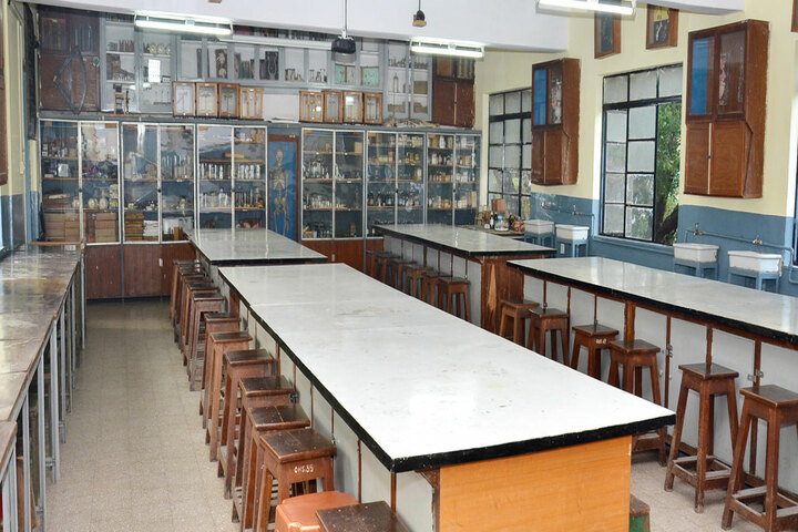 Ornellas High School-Labs