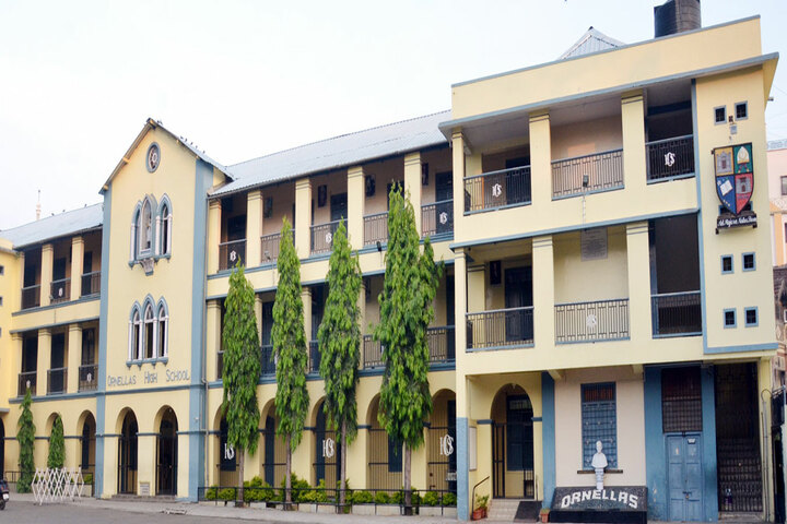 Ornellas High School-School Building