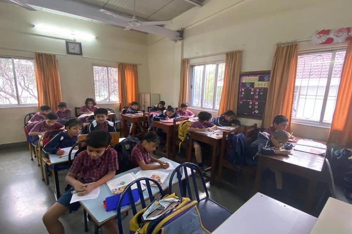 Rewachand Bhojwani Academy-Classroom