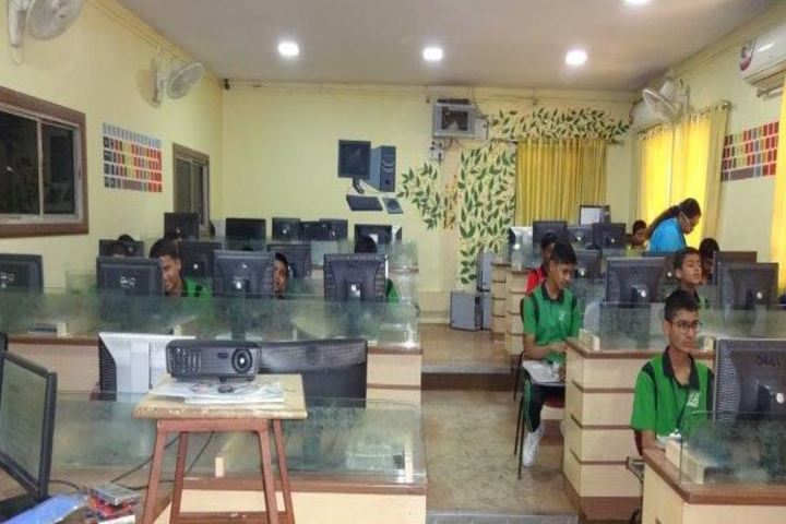 Beena English Medium School-Computer Lab