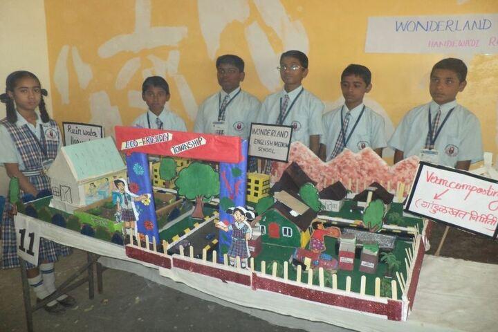 Wonderland English Medium School-Exhibition