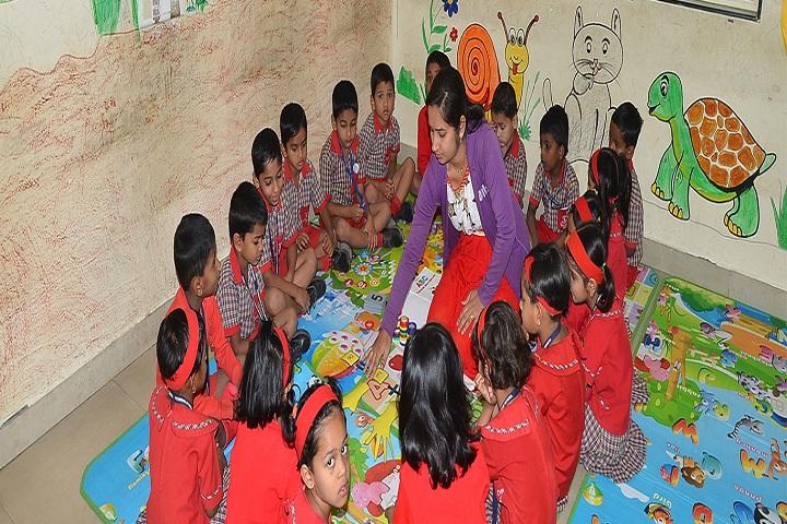 Periwinkle English Medium School-Kids Activity