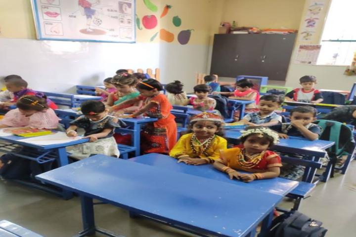 Rasiklal M Dhariwal English Medium School And Junior College-Classroom