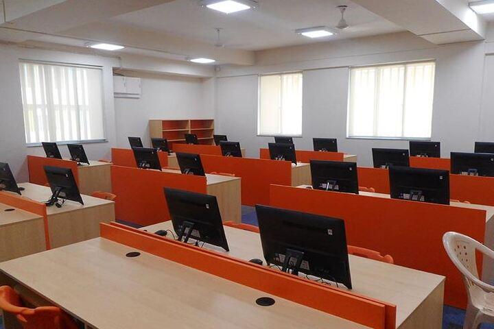Bharati Vidyapeeth Rabindranath Tagore School of Excellence-Computer Lab